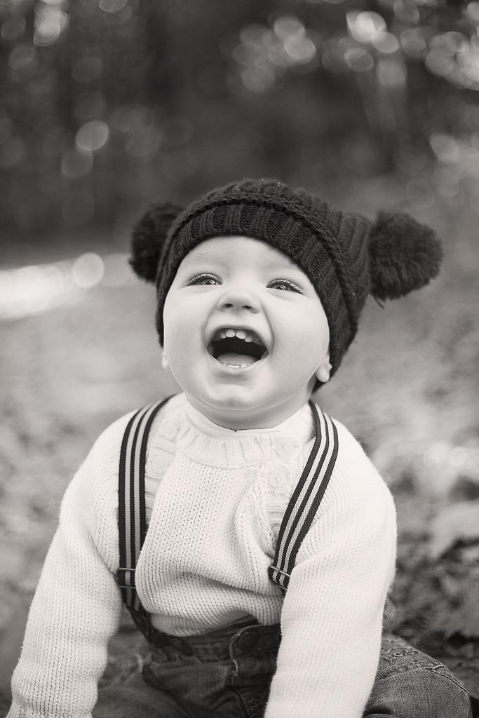 Séance enfant, bébé, noir&blanc . Photographe professionnel Portrait Mariage Vannes, Morbihan